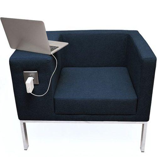 MOK minimal stílusú krómozott fémvázas lobby fotel kárpitozott kivitelben, USB porttal és konnektorral